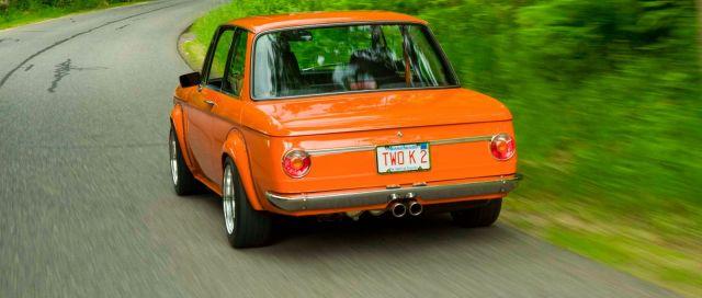1972-BMW-2002tii-with-E30-M3-Engine-10.thumb.jpg.22f52ebf6b9a1408205523e81e5f3426.jpg