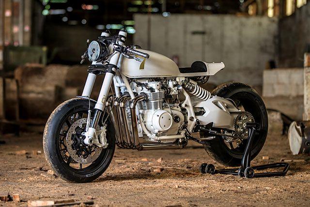 31_05_2018_Duke_Moto_Honda_CB500_racer_custom_Pipeburn_04.jpg.88910cd2561b0bfb8f48d651f56130b5.jpg